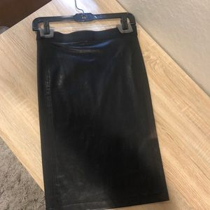 Hermit Lang never been worn leather skirt